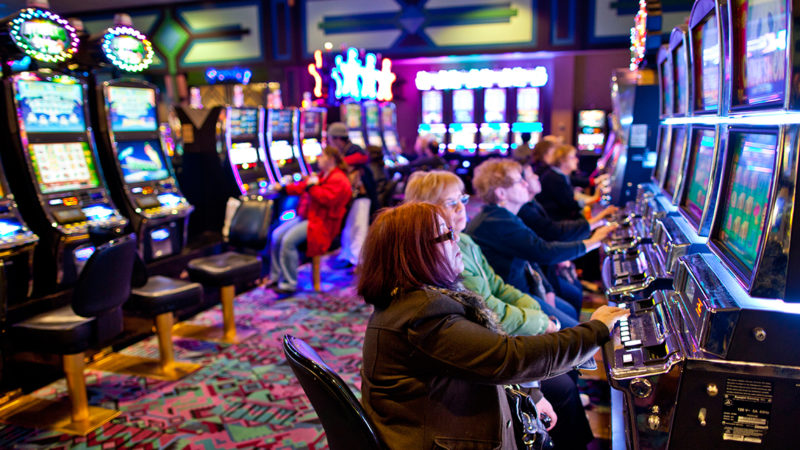 What are the Pros and Cons of Gambling?